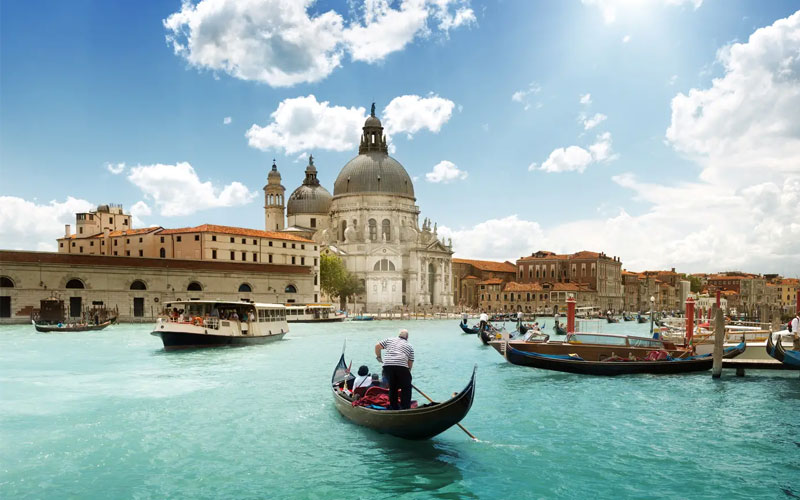 Best Italy Vacation Packages with Airfare & Hotel